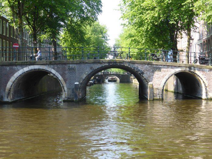 4 en 5 mei in Amsterdam: Slotconcert op de Amstel