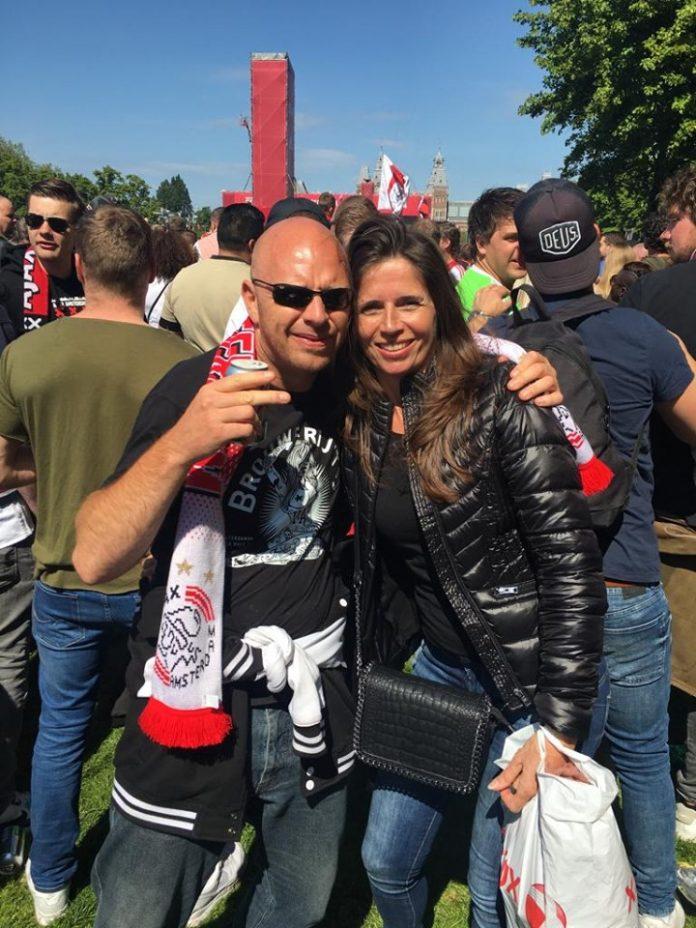 Supporters vieren feest op Museumplein
