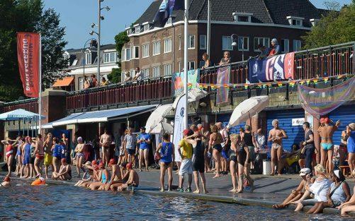 LoveSwim viert 5-jarig jubileum tijdens Pride Amsterdam 2019