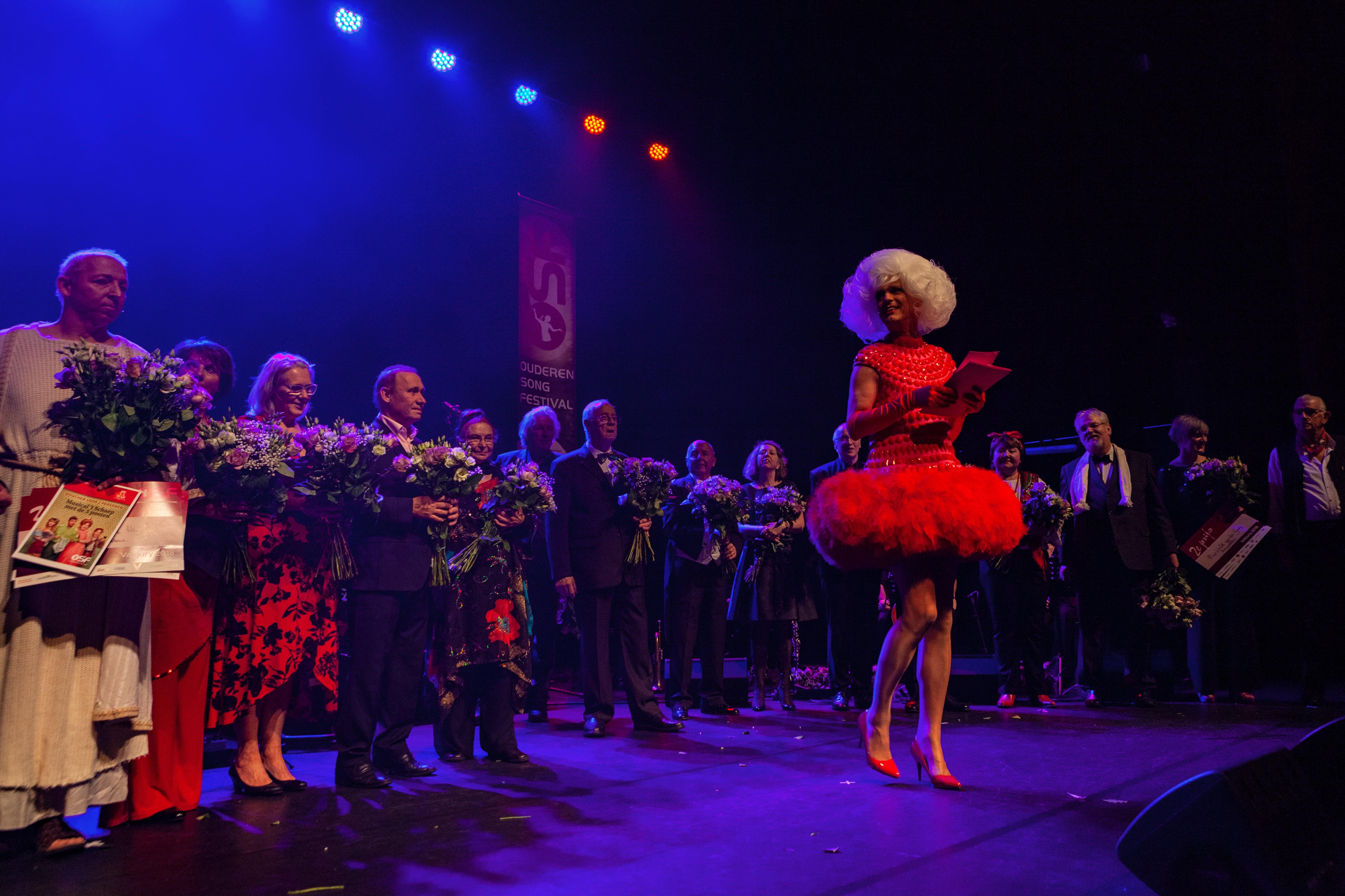 De redactie van Vrije Tijd Amsterdam ging op zoek naar het verhaal achter het Songfestival, en sprak met Rob van Waaijen, directeur en bedenker van het festival.