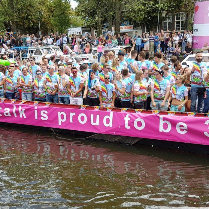Woekerprijzen hotels door Canal Parade tijdens Pride Amsterdam