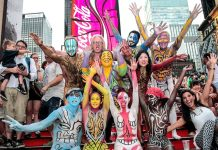 On August 24th Human Connection Arts will organize the Bodypainting Day sponsored by Mehron, in Switzerland. We interviewed Andy Golub, the Executive Director of Human Connection Arts.