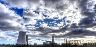 Nederland staat aan het begin van de energietransitie. Zonne- en windenergie worden gezien als de energiebronnen van de toekomst. Er wordt ook hoopvol gekeken naar waterstofgas als een duurzaam alternatief voor aardgas en kool. Eén CO2-vrije energiebron lijkt zijn rentree te maken in het publieke debat: kernenergie.