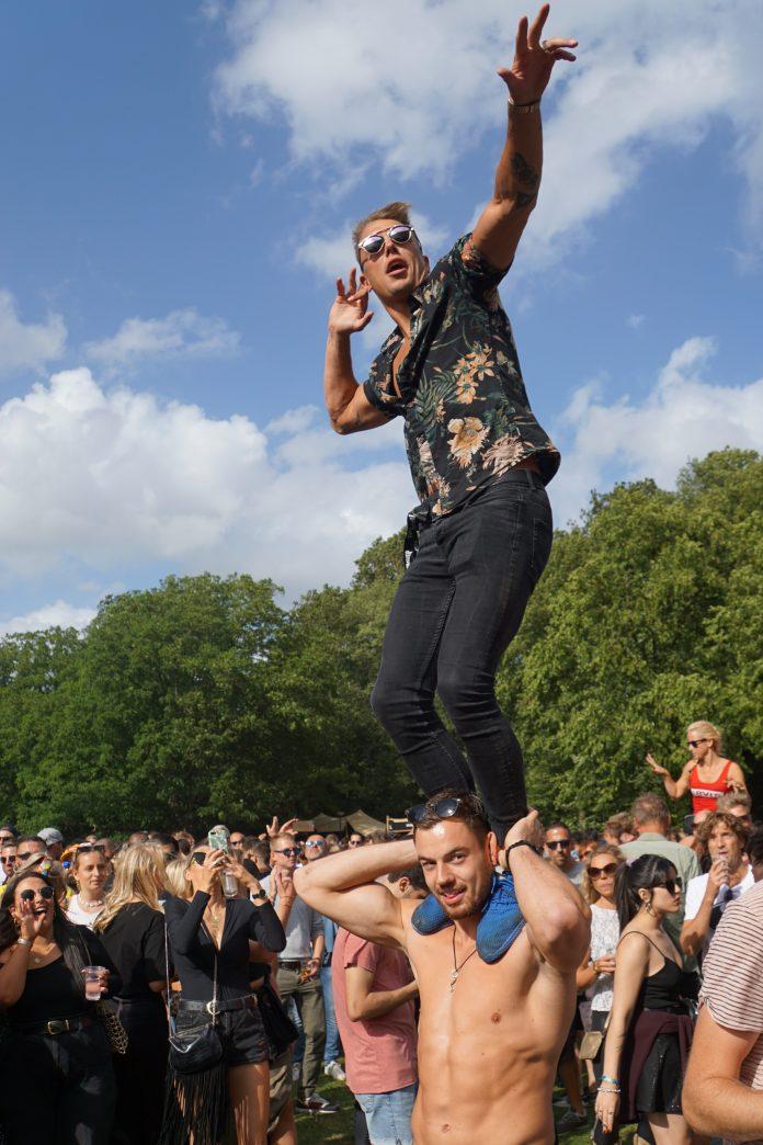 Dance liefhebbers trotseerden windhozen voor zaterdagse editie Loveland