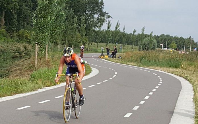 NK Sprint tijdens triathlon in Ouderkerk aan de Amstell