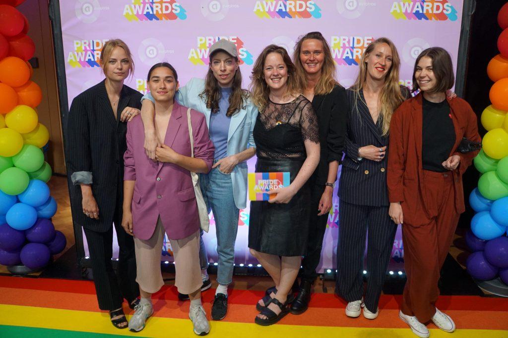 Foto's en verhaal: Pride Award uitreiking bij Vondel CS