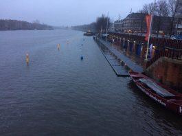 Amstel Ice Swim voor derde keer bij Berlagebrug