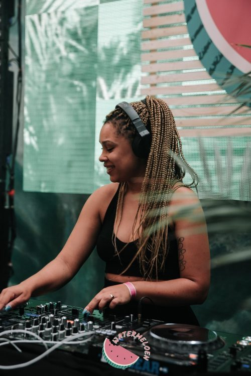 """DJ Cathy: """"voor het nachtleven kun je nog steeds beter Amsterdam in gaan"""""""