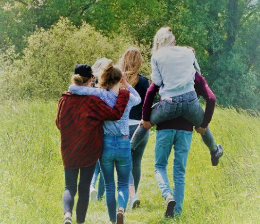 """""""Samen gaan we eenzaamheid onder jongeren uit de taboesfeer halen"""""""