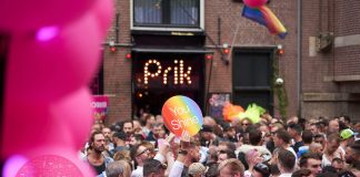Gay bar Prik Amsterdam klaar voor GDE We All Dance Together