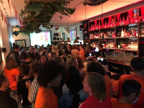 Bar Buka - Bar voor (lesbische) vrouwen
