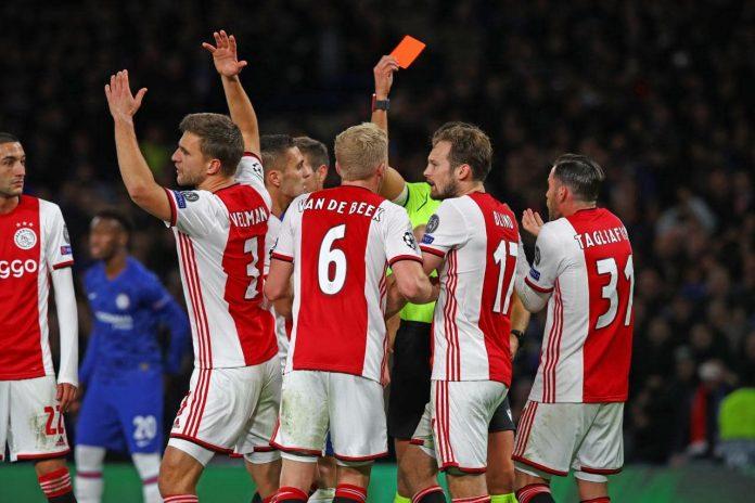 Wat schreven de kranten na knotsgekke wedstrijd Chelsea tegen Ajax
