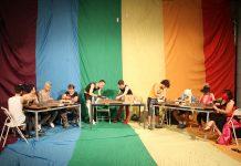 Op zaterdag 2 november openen meer dan 50 musea hun deuren tijdens de 20e editie van Museumnacht Amsterdam. Als zelfbenoemde experts in 'thuislanddetectie' ontwikkelden Tuna Erdem en Seda Ergul speciaal voor de Museumnacht een unieke test vol humor en karakter, om jouw werkelijke 'thuisland' te achterhalen. Het culturele event vindt plaats bij Framed Framed aan de Oranje-Vrijstraat.
