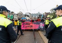 Extinction Rebellion in actie in Amsterdam