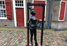 Indrukwekkende herdenking Jessyca Sarmiento op Ouderkerksplein
