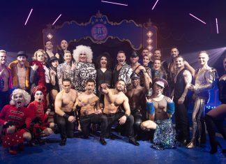 """""""Het publiek in Amsterdam heeft het Gay Circus met open armen ontvangen"""""""