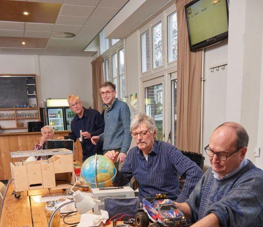 Repair Café De Meevaart: Al meer dan 10 jaar een begrip in Amsterdam-Oost