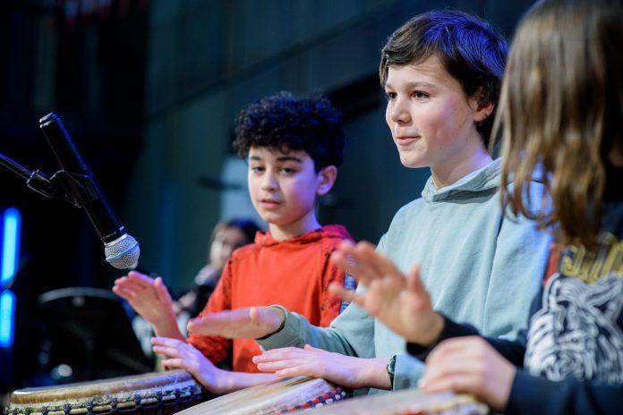 Aslan Muziekcentrum: 'Muziek, dans- en theateronderwijs in Amsterdam'