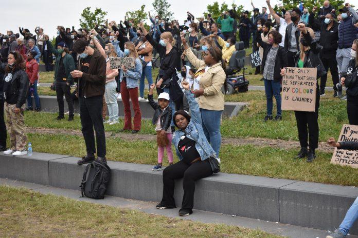 Gemoedelijke, vreedzame en imposante Black Lives Matter-demonstratie