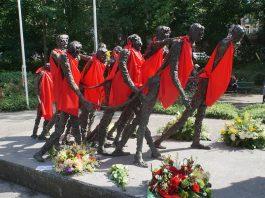 In beeld: herdenking afschaffen van de slavernij door Nederland