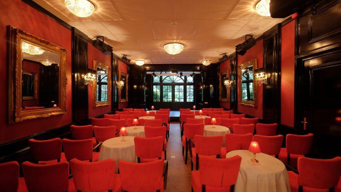 Apollofirst Theater: 'combinatie theater met hotelovernachting in klassiek boutique hotel'