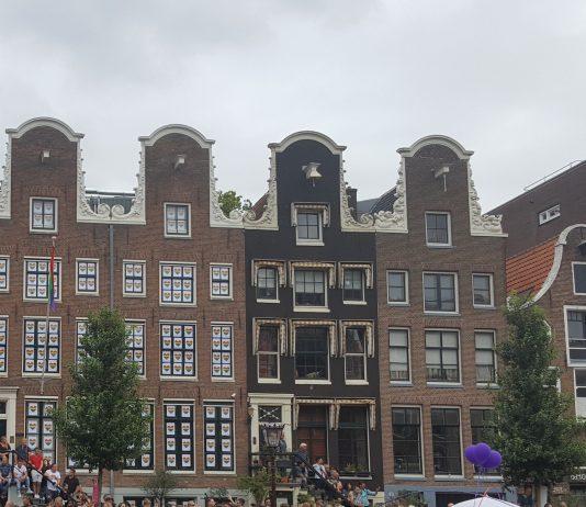 Amsterdamse vrijwilligersorganisaties starten bewustzijnscampagne vrijwilligers