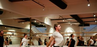 Zhembrovskyy: 'ballet, dance and fitness school in Amsterdam'