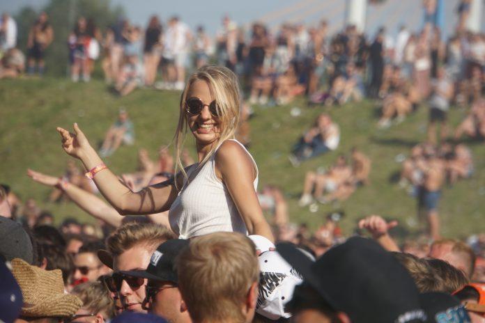 Mysteryland sluit festivalseizoen af met grootste festival in de lucht