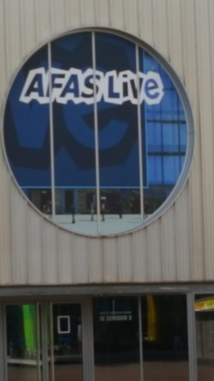 EXTRA CONCERTEN 'MY OWN WORLD TOUR' DAVINA MICHELLE IN RTM STAGE EN AFAS LIVE