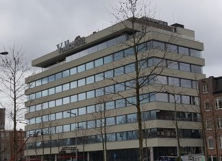 Canvas en LAB111 organiseren Rooftop Cinema op de 7e verdieping van Volkshotel