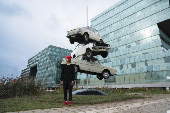Streetart Frankey maakt kunstwerk voor nieuw stadspark in Amsterdam Zuidoost