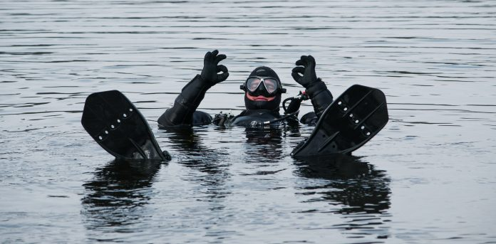 New Lake Divers: