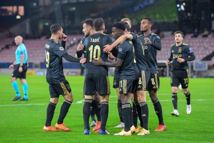 Ajax boekt nipte Champions League-zege op Midtjylland