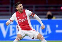 Ajax trekt aan het langste eind in ongekend spektakelstuk tegen Utrecht