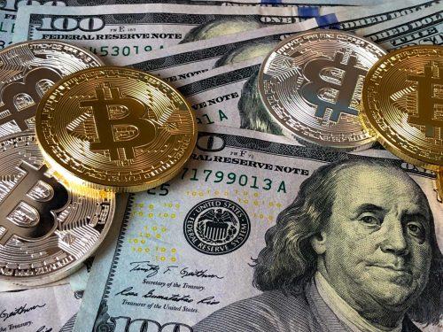 Bitcoinkoers daalt weer naar 34.000 dollar