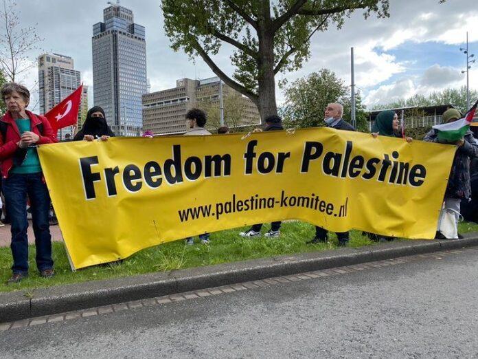 Duizenden mensen demonstreren om solidariteit aan Palestina te uiten