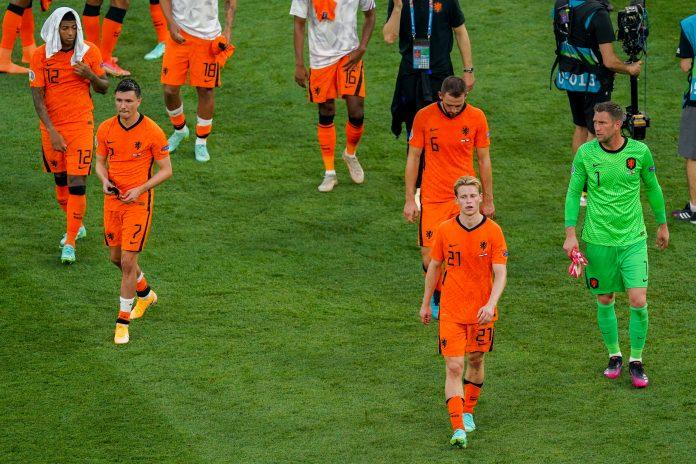 Wat schreven de kranten na Nederland tegen Tsjechië?