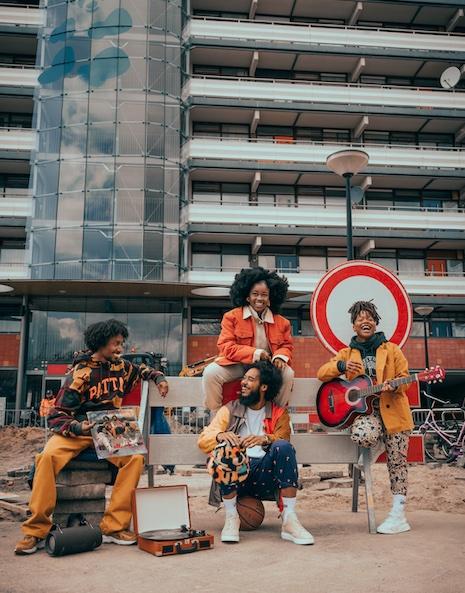 Theatermaker Priscilla Vaudelle maakt theatrale ode aan Amsterdam Zuidoost