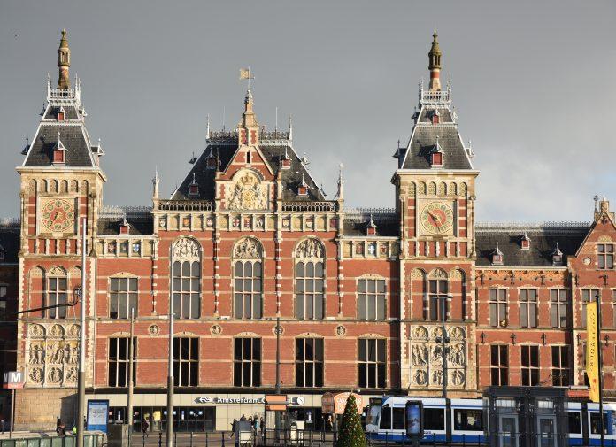 NS zet extra personeel en treinen in tijdens Formule 1 weekend in Zandvoort