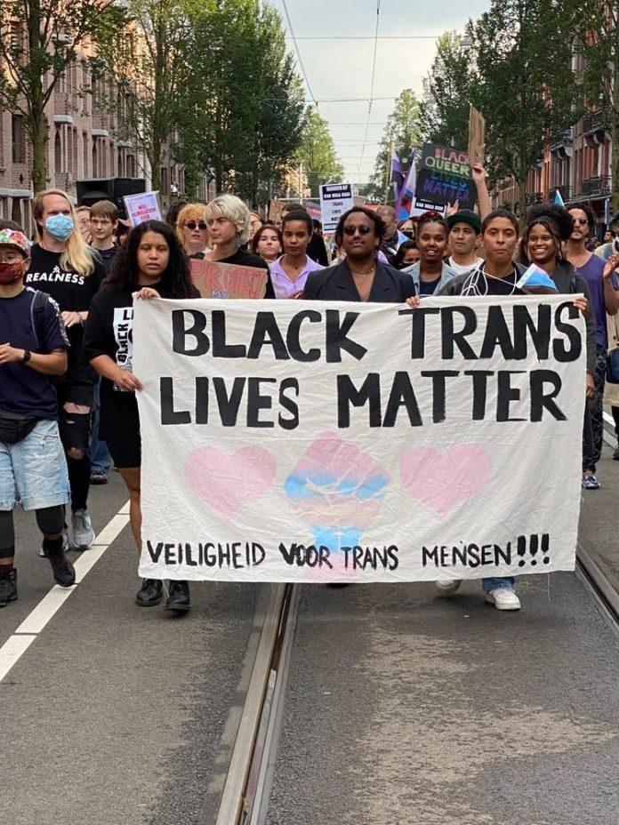 Demonstratie in Amsterdam West tegen anti transgender geweld