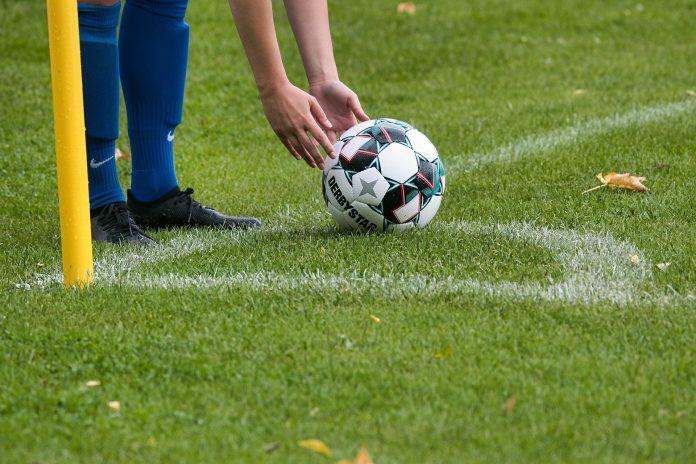 Voetbal, een hobby voor jong en oud